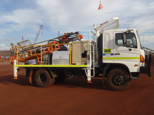 DR06-4×4-Truck-mounted-drill-rig-30